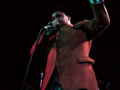Pan live onstage 2