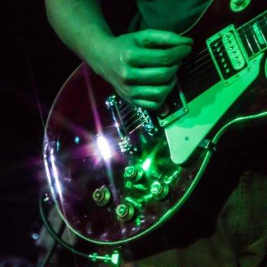 Joe guitar close up